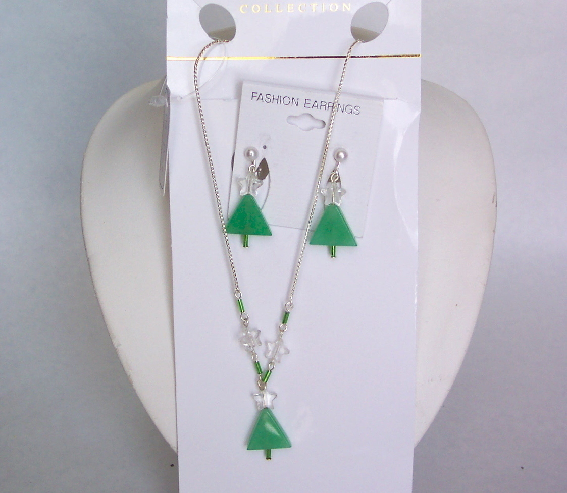 Christmas Tree Necklace Earring Set Pierced