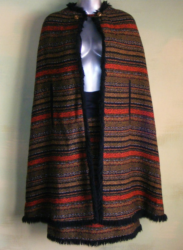 Vintage 70s Parade Cape & Skirt Set Outfit Woven M