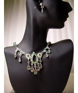 GENUINE AUSTRIAN GREEN & LIME CRYSTAL JEWELRY S... - $12.50