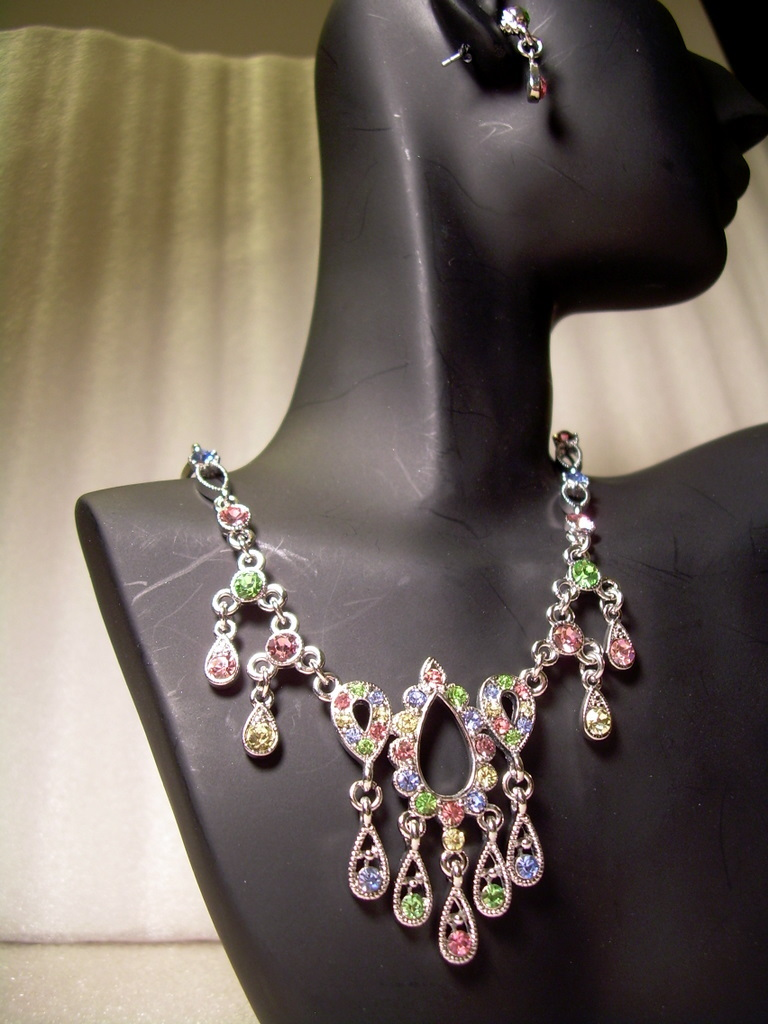 GENUINE AUSTRIAN Pink Blue Green & Lime CRYSTAL JEWELRY SET Victorian Style NEW