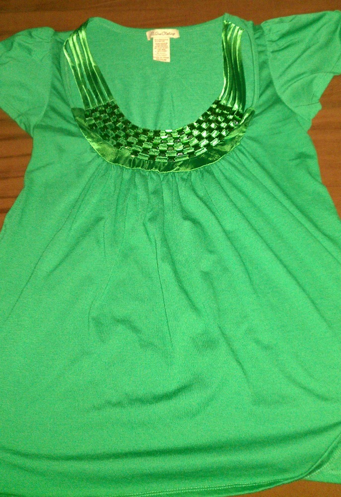 USED Womens/Juniors One Clothing Green Jeweled Top SZ Medium