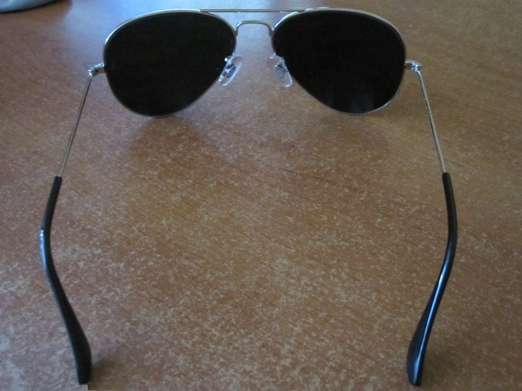 Tempered_glass_alloy_frame_sunglasses_with_uv400_uv_protection.2