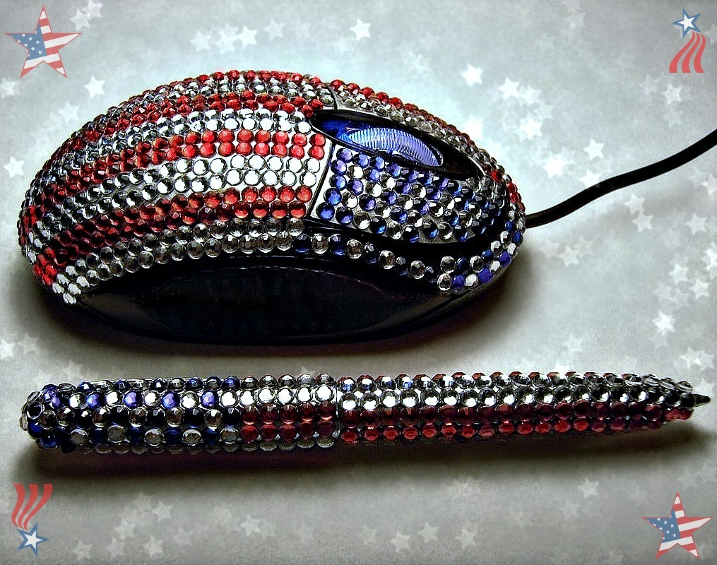 Jeweled Mouse Patriotic Jeweled Red White and Blue Mouse and matching Pen