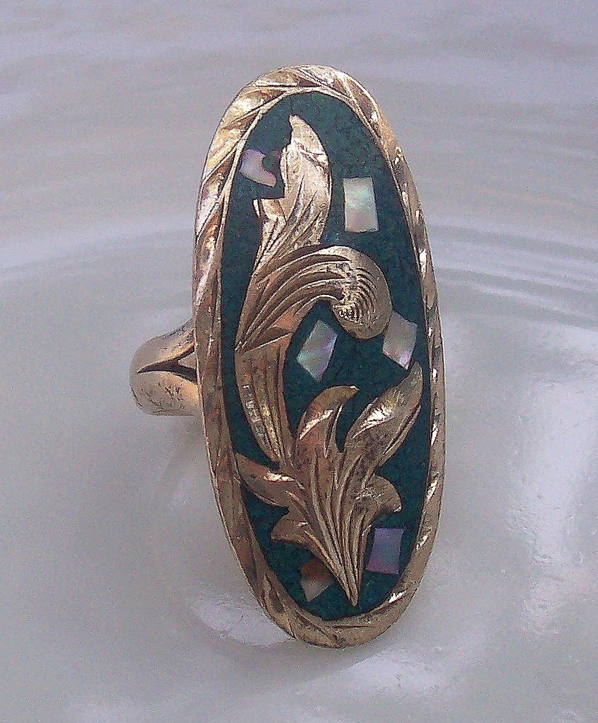 FOLKLORE Turquoise Sterling Leaves Mother of Pearl Ring Engraved 925