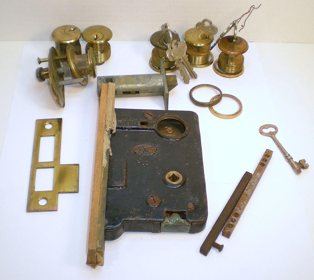 Corbin mortise 1920s vintage door hardware locks keys lot for 1920s door handles