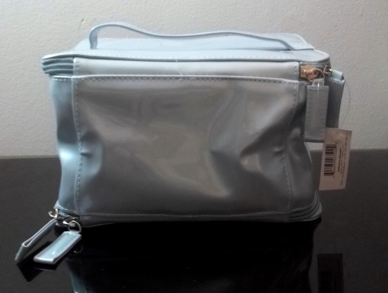 Philosophy_cosmetic_bag_silvery_blue_006