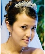 SWAROVSKI CRYSTAL SNOWFLAKE WEDDING BRIDAL TIAR... - $95.99