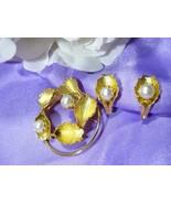 Vintage CONTINENTAL  Brooch & Earrings w/Faux P... - $12.99