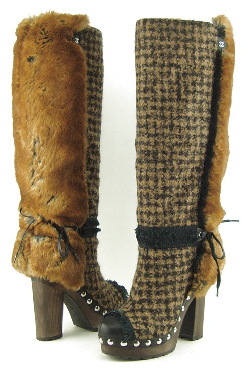 Brown_fur_boots_1