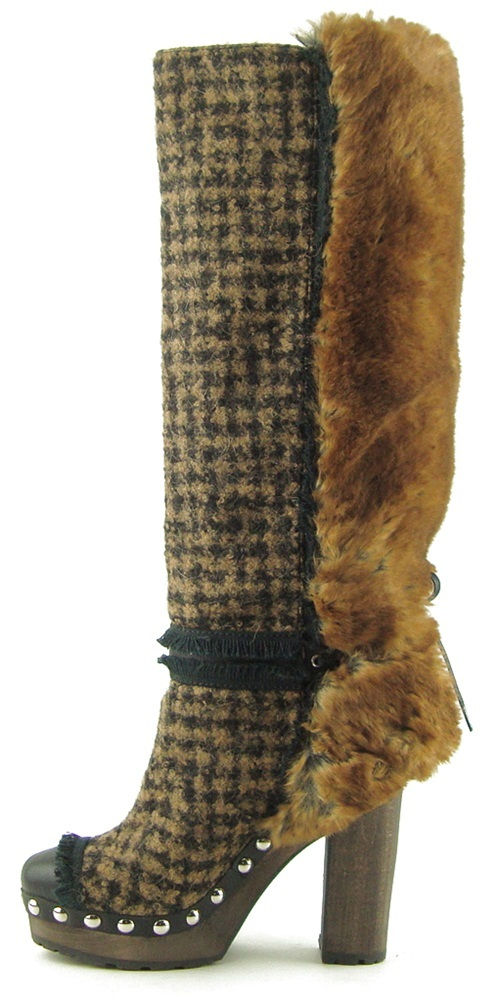 Brown_fur_boots_3