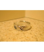 RING MEN WOMEN UNISEX SILVER PLATED BAND SIZE 8... - $8.99