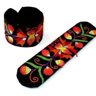 Childrens Slap and Snap Bracelet Butterfly Hand Embroidered 6.5 Inches