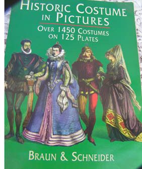 Historiccostumesbook1