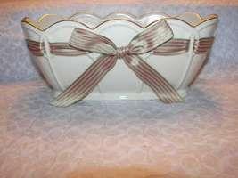 Lenox Fine Porcelain Holiday Christmas Serving Pierced Oval Bowl