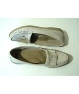 SAS Wms Cream Leather Tassle Loafers Shoes 7.5 S - $13.50