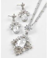 Clear glass crystal and rhinestones pendant nec... - $17.81