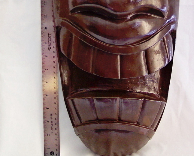 Tiki_mask_dark