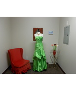 Impressions bridal green prom dress size 8  - $100.00