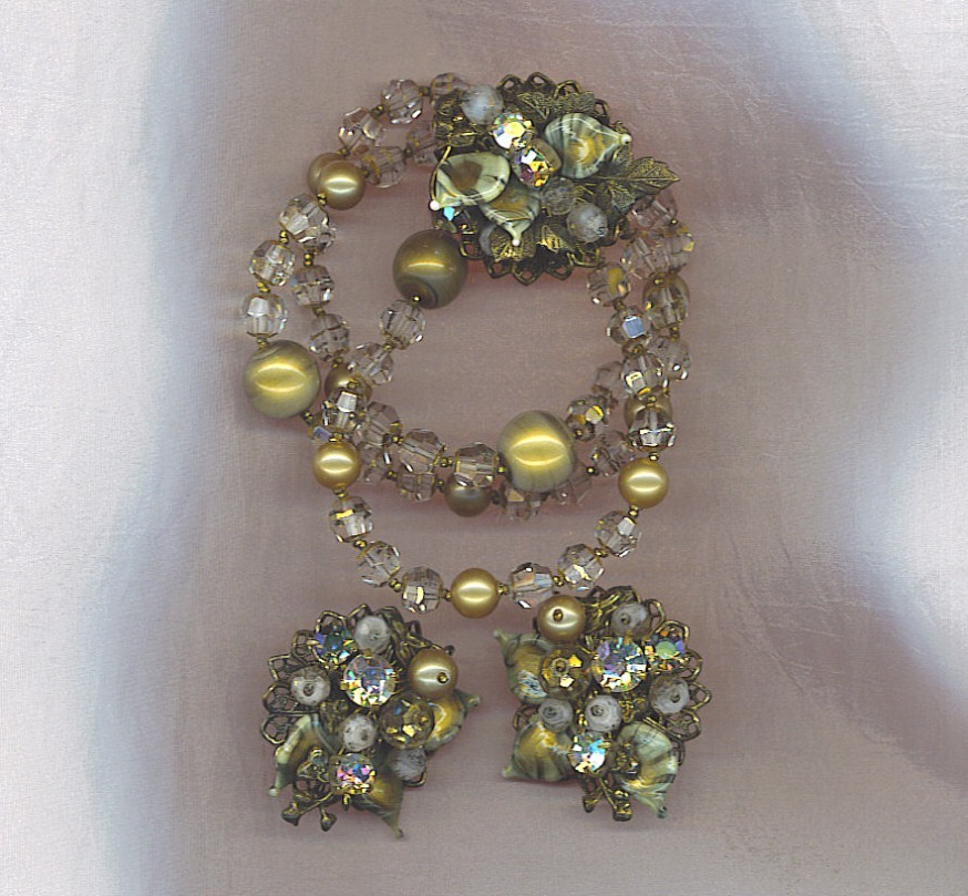 Stunning Vtg  Bracelet   Earrings  Rhinestones   Crystals