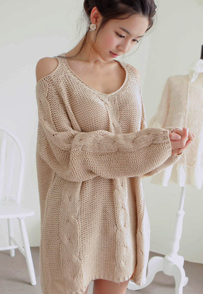 2012_autumn_winter_chunky_knit_loose_sweater_off_shoulder_a