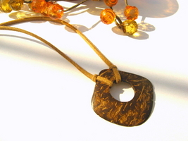 Coconut wood square bead cord necklace 17 1/2 inches - Val-Belair, QC - Bonanzle