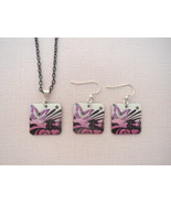 Mother of Pearl Pink Butterfly Shell Pendant  E... - $23.50