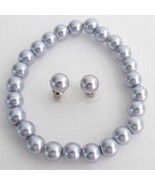 Stretchable Bracelet Stud Earrings Lavender Pea... - $15.98