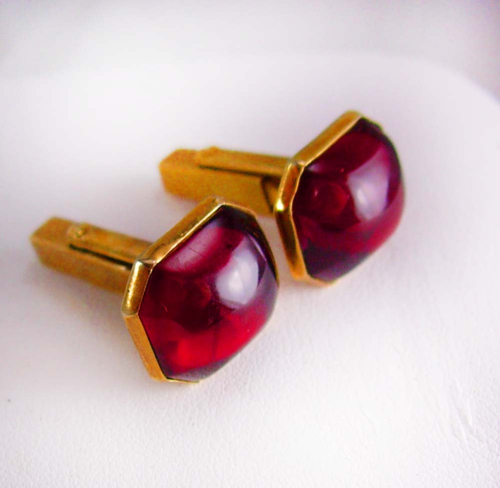 Blood red haunted jeweled cufflinks vintage swank rose for What is swank jewelry