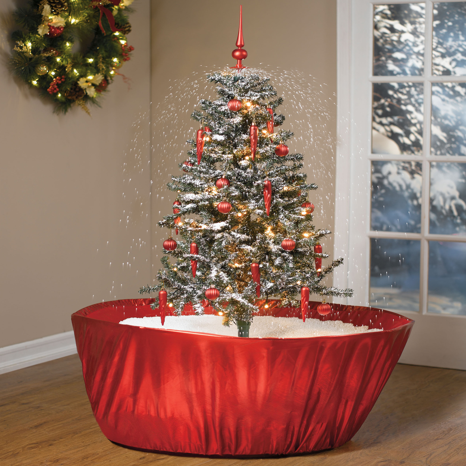 Snowing pre lit decorated christmas tree w holiday