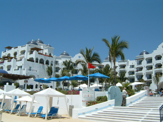 Pueblo_bonito_lc_view_from_beach-