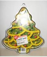WILTON Cookie Pan Mold Christmas Tree Large 199... - $5.00