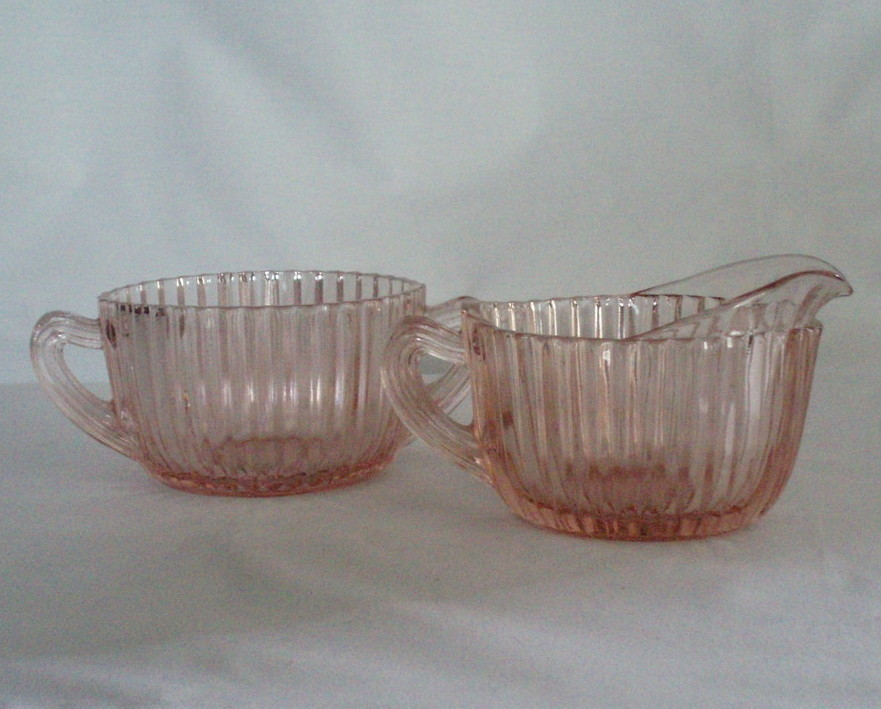 Anchor Hocking Queen Mary Cream & Sugar pink depression