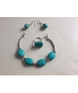 Artisan FAUX TURQUOISE Silver and Silver-Toned ... - $19.50