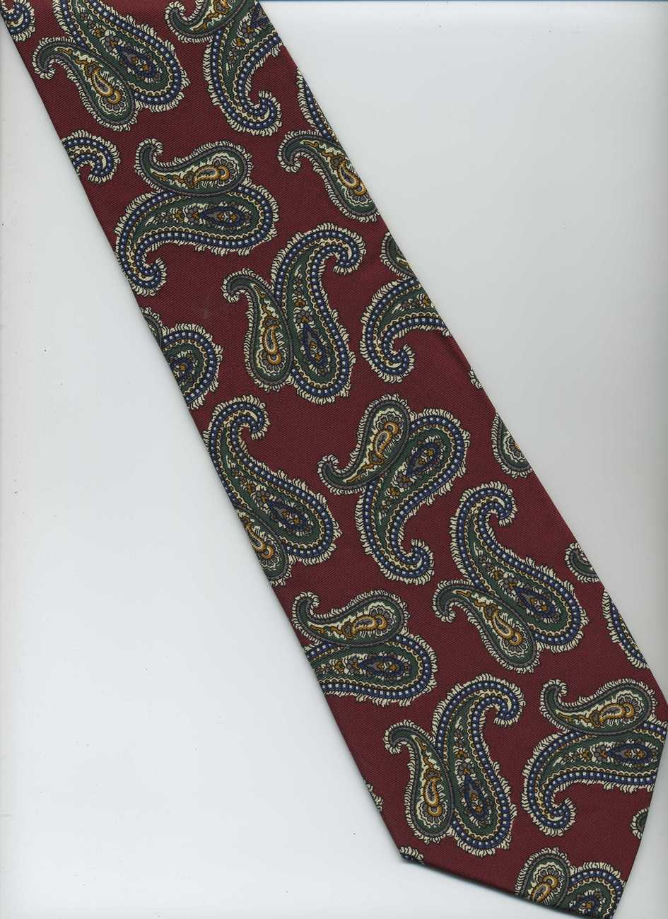 ROUNDTREE & YORKE Tie, for Dillards ~ Maroon, Green, White ~ Paisley Silk Tie