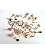 Lot of Vintage Bling Bling Junque Jewelry Craft... - $12.49