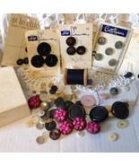 Vintage Buttons Wood Thread Spool Needles Cardb... - $9.99