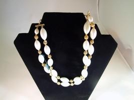 Vintage Lisner White Beaded Necklace - $25.16