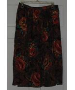 Random Sportswear Paisley Roses Skirt Sz M - $15.00