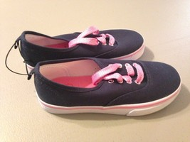 Girls Faded Glory boat shoes size 1 Navy/Pink NWOB - $10.77
