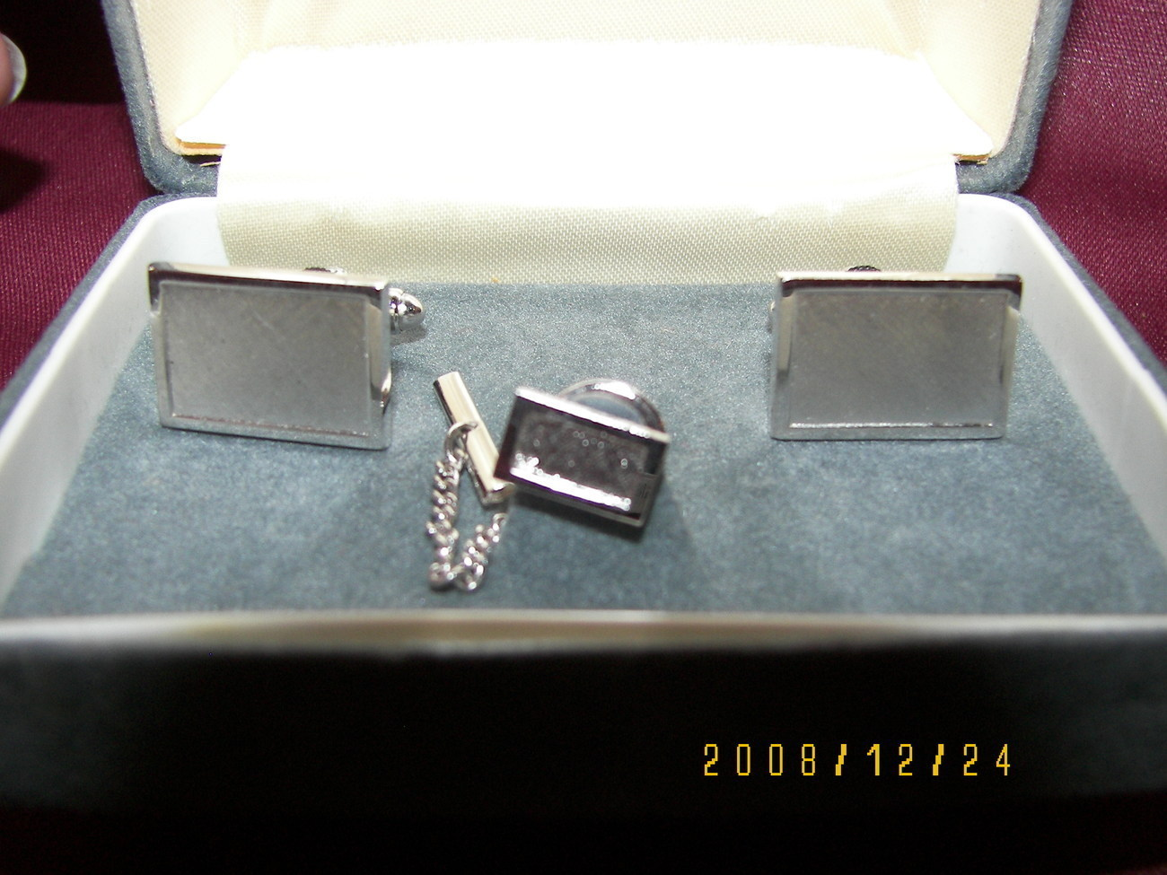 Vintage Men& 39 s Silver Cufflinks and Tie Pin