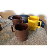 Vintage TUPPERWARE 3 Stackable Coffee Mugs Cups - $14.99