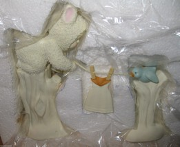 DEPARTMENT 56 SNOWBUNNIES- Laundry Day-  402037... - $23.36