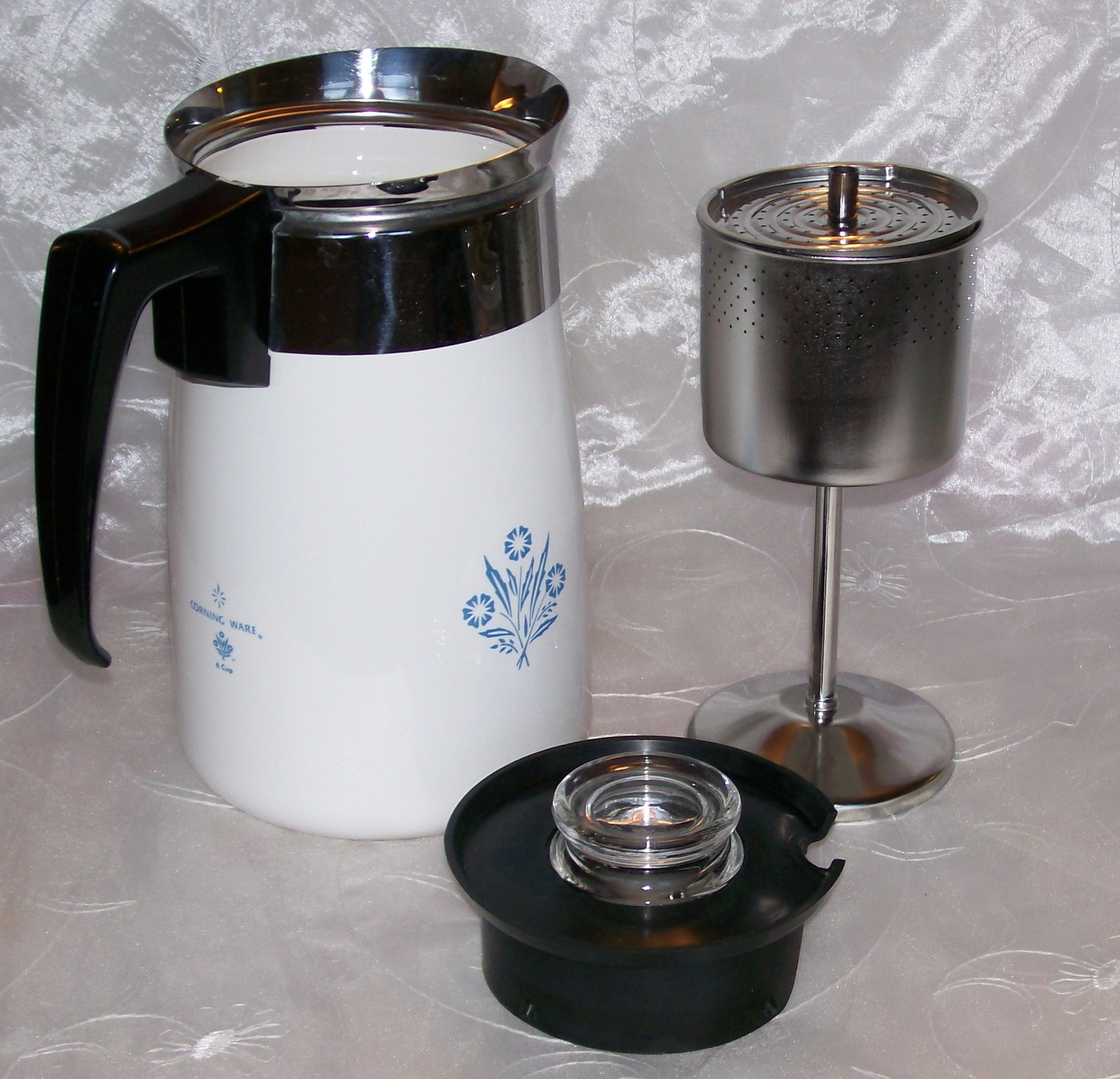 Vintage corning blue cornflower stove top 6 cup coffee pot for Best coffee percolator