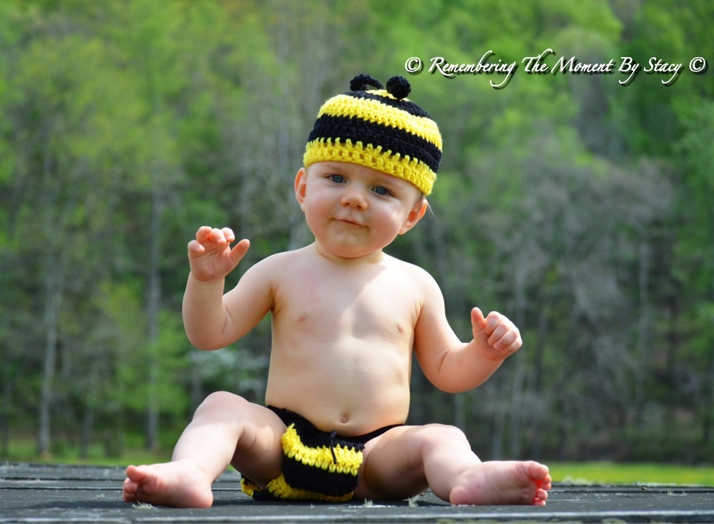 Hand crocheted baby Bumble Bee beanie/cap/hat & diaper cover  photo prop