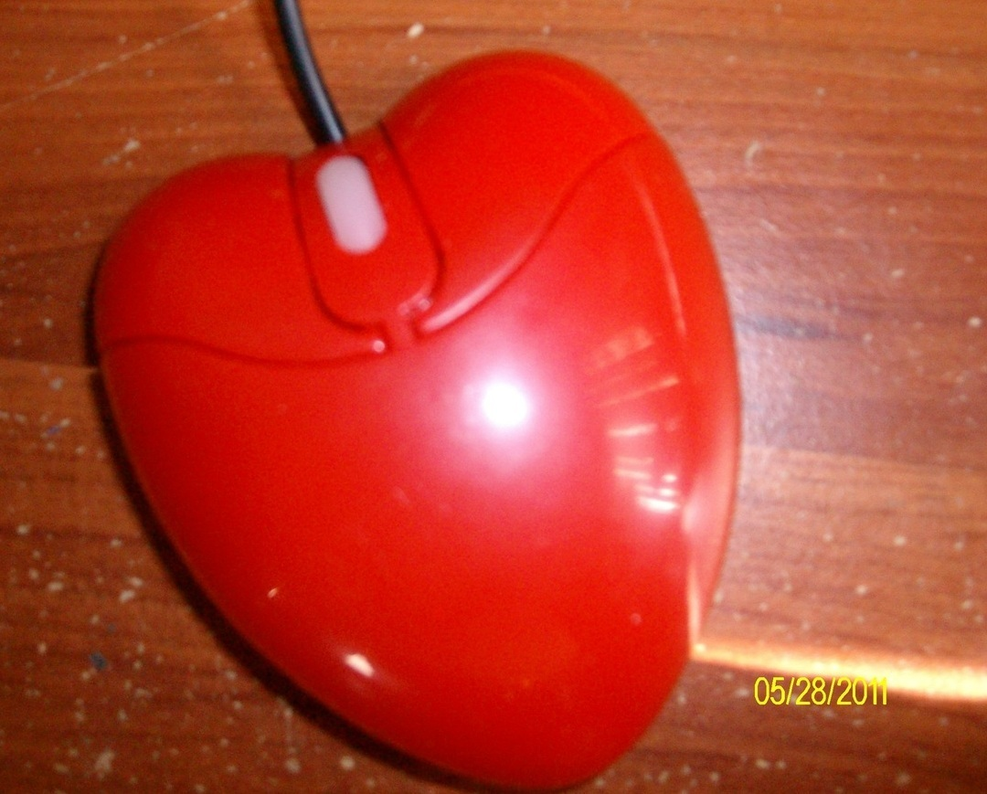 New Red Heart 3D USB Optical Mouse Mice for Laptop or PC