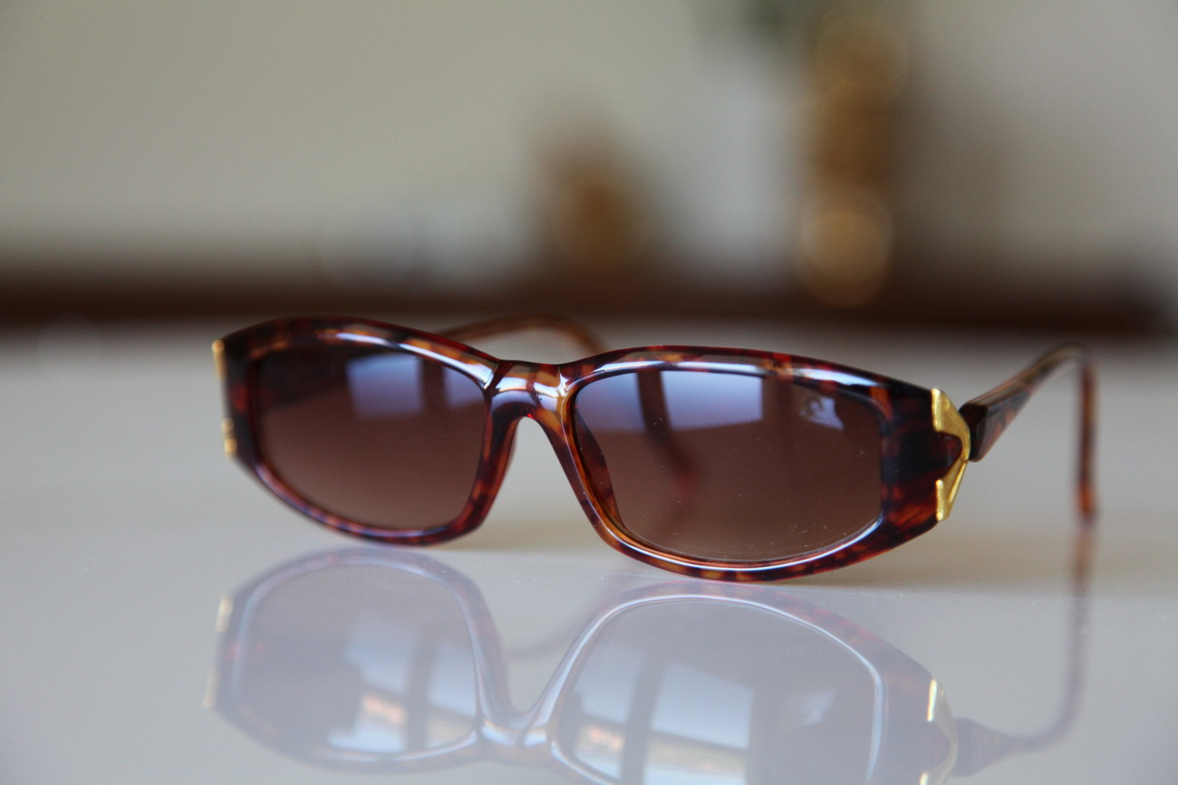 Vintage Cat Eye Sunglasses Golden Brown Frame/ Gold/ Golden Red Lenses