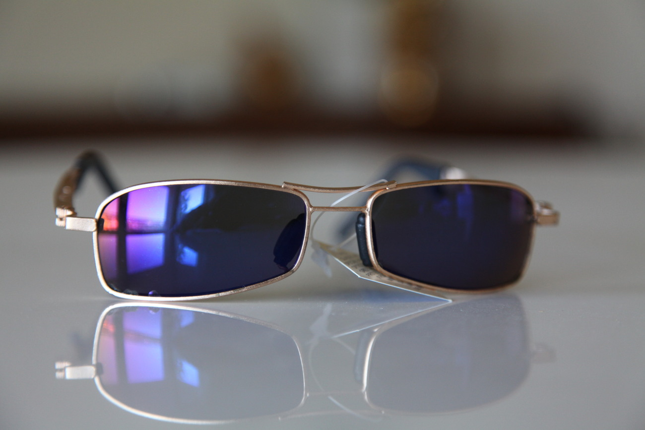 Vintage Cat Eye Sunglasses Gold Frame/ Blue Violet Iridescent Lenses
