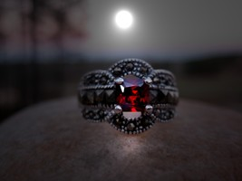 HAUNTED RING BE A MEMBER OF AN EXCLUSIVE VAMPIR... - $47.60