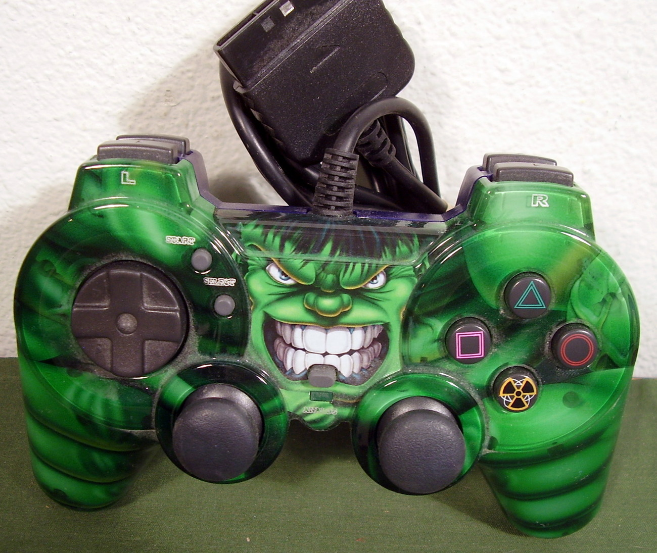 Incredible hulk controller for ps2 playstation 2 used
