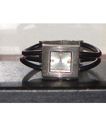 Pre -Owned Women's Black & Silver Wire Rubber B... - $8.00